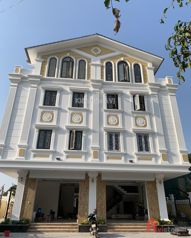 Biệt thự 4 tầng tân cổ điển mái thái