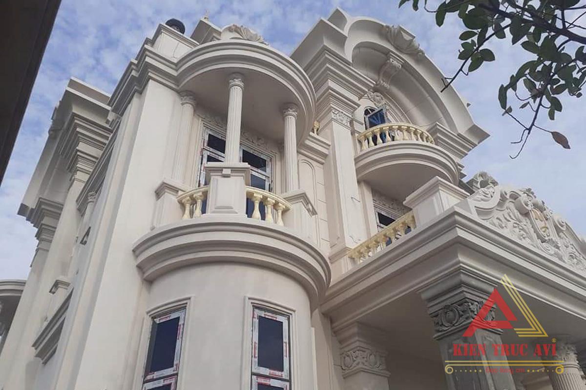 Thiết kế biệt thự 3 tầng tân cổ điển mái thái tại Vũng Tàu