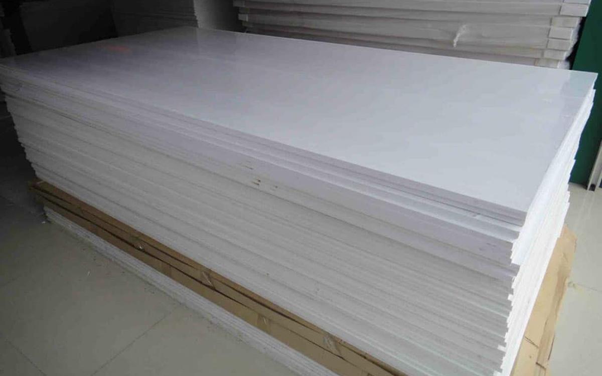 Tấm ván nhựa PVC là gì? 9 Ưu điểm của tấm ván nhựa PVC
